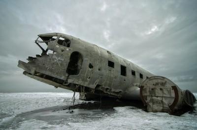 The broken Plane