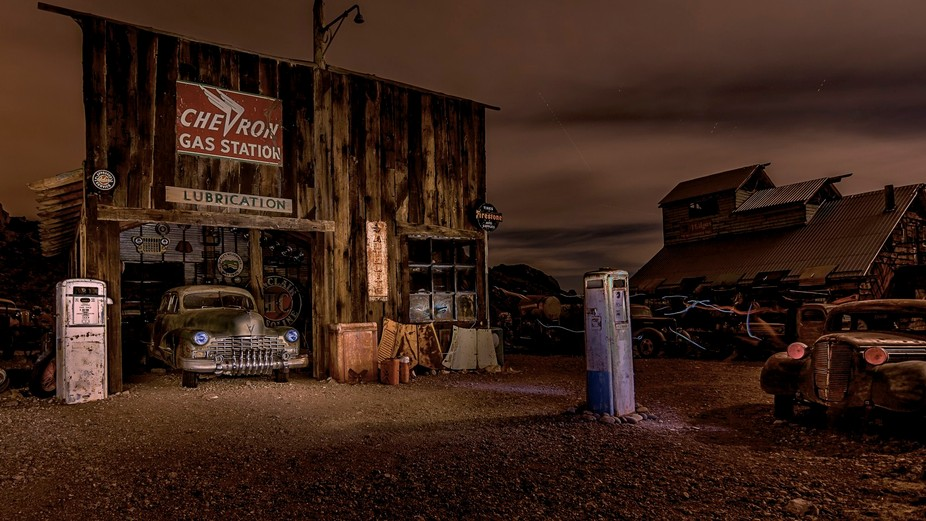 This one is not in service, but comes with all the amenities of what a Gas Station had back in th...