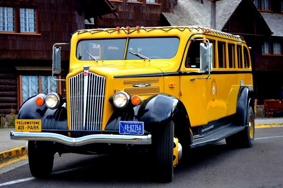 Yellow Bus @ Old Faithful Inn