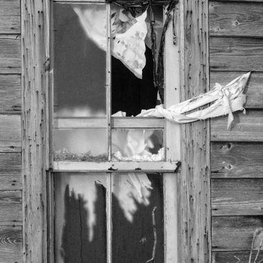 Broken Window I BW