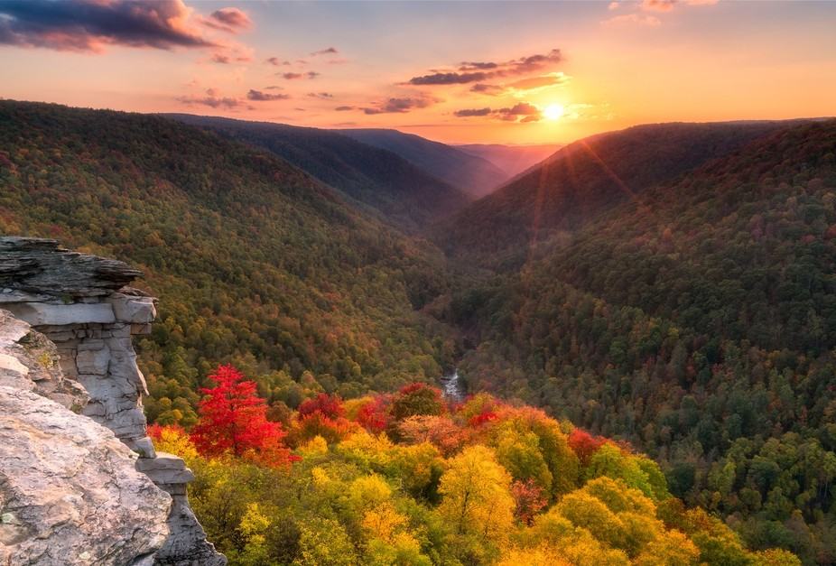 Early fall in the mountains of West Virginia. This was shot a couple of days ago at Lindy Point i...