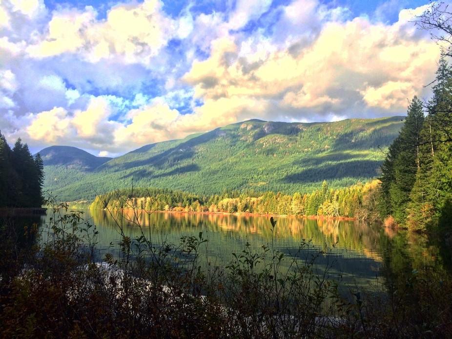 Beautiful inland lake in the autumn sun