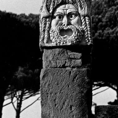 Vandolindia Face Statue