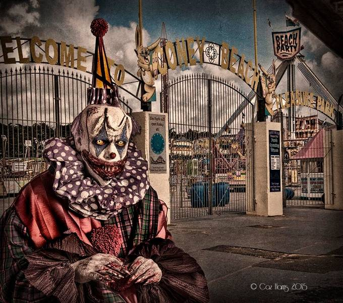 Chuckles welcomes you to the carnivale by Charris - Halloween Photo Contest 2017