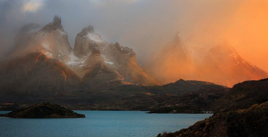 I have been to this part of Patagonia twice. The first time there were several breath-taking dawns. The second time none at all.