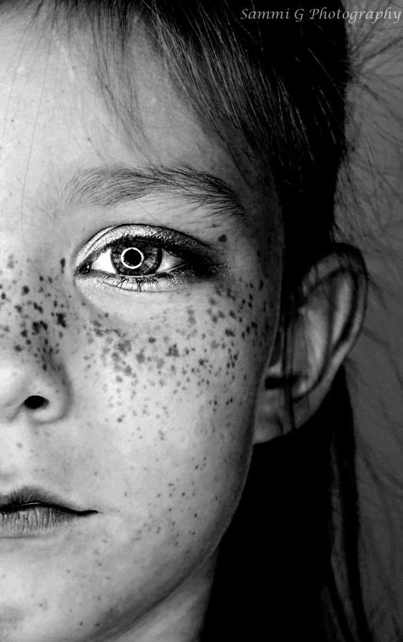 Beauty is in the Eye of the Beholder by sammigee - Her In The Studio Photo Contest