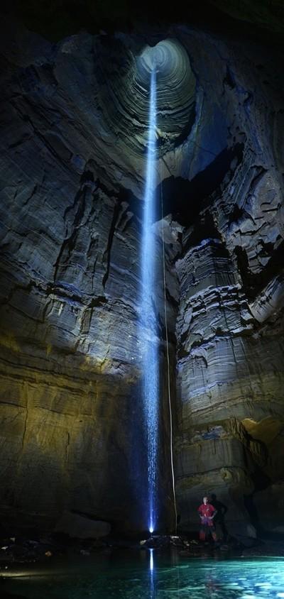 Incredible Pit, Ellison's Cave
