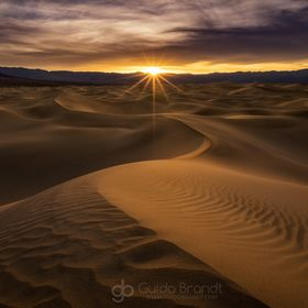 My good buddy Ryan Buchanan and I met a few month back in Death Valley National Park for an awesome photo weekend. It was my second time in Death...