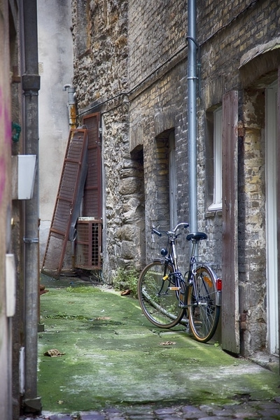 Alley in Saint Malo, Brittany