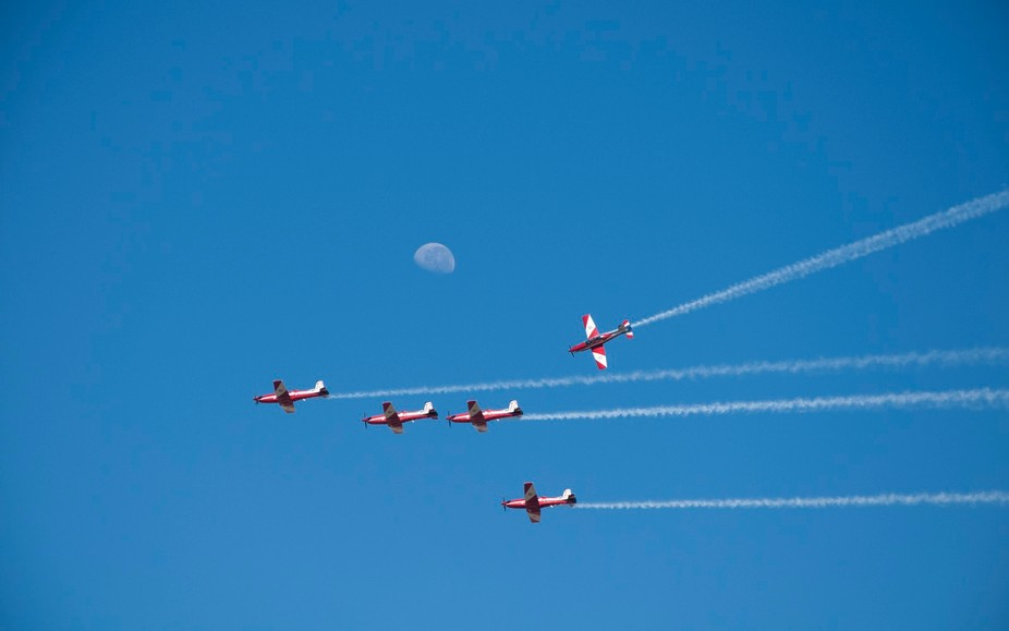 Doing their thing at the Avalon Airshow