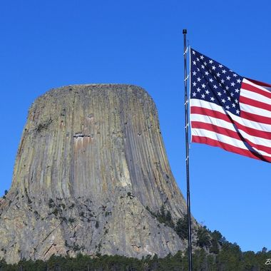 Devils Tower and flag