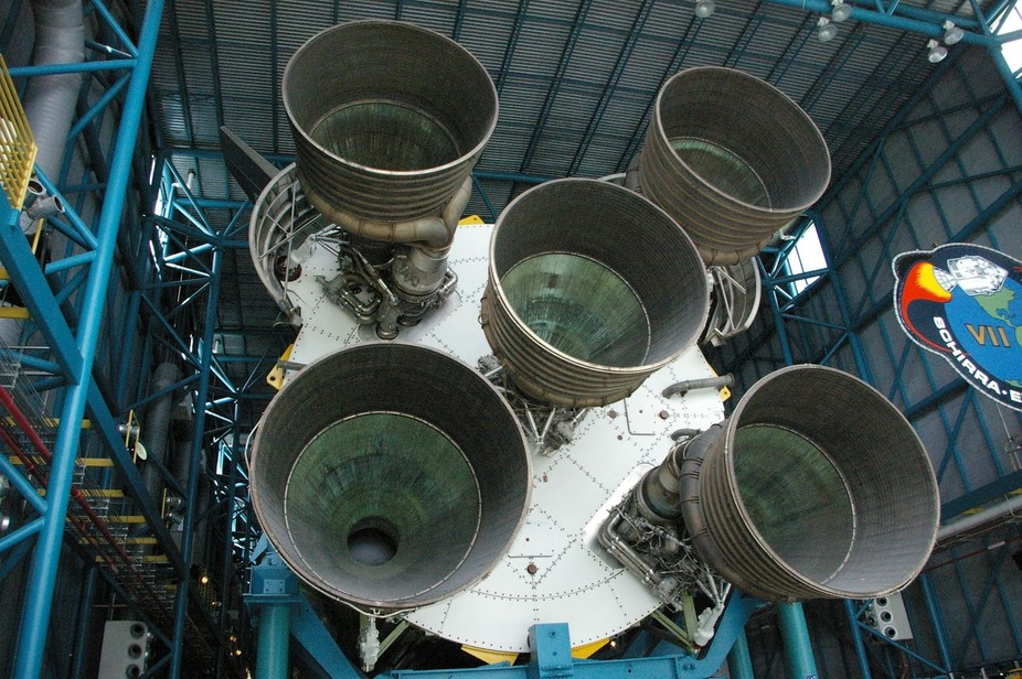 Saturn V first stage engines