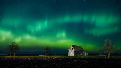 Beausejour Northern Lights 2