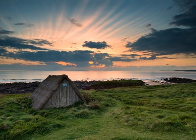 Seaweed hut, Freshwater