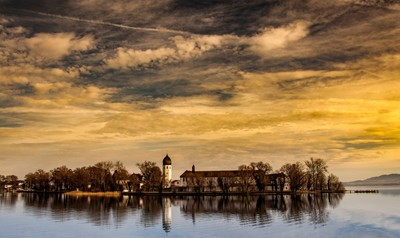 Lake Chiemsee, Nunnery, burning skies