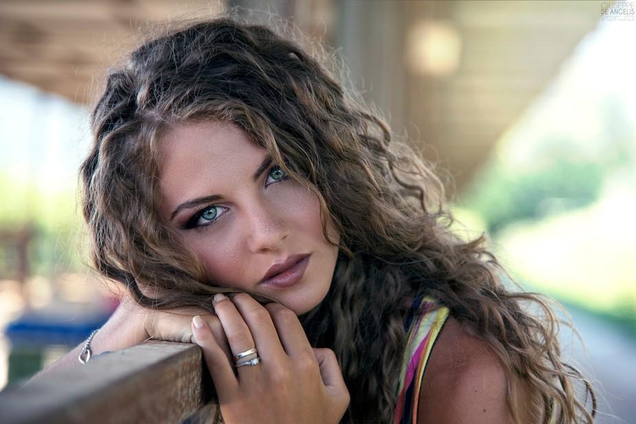 Model: Carmela G.