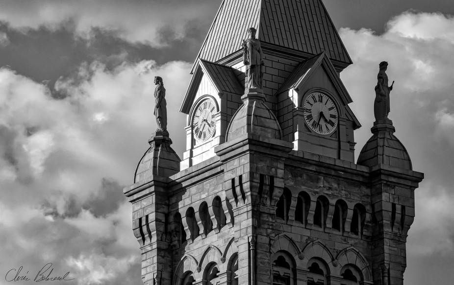 The original Erie County Hall in Buffalo, NY built 1896. Four giant 16' granite statues ...