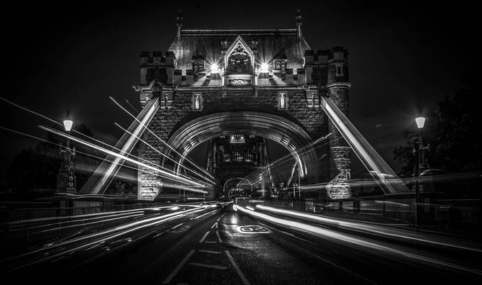 tower trails by pauljoinson - London Photo Contest