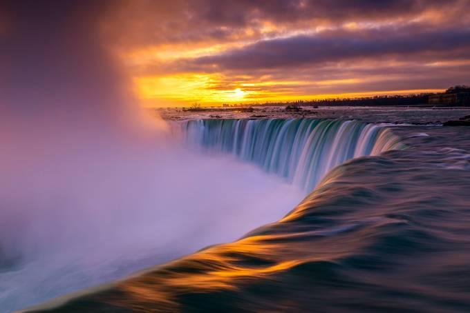 The Horseshoe Falls by MarvinEvasco17 - Beautiful Waterfalls Photo Contest