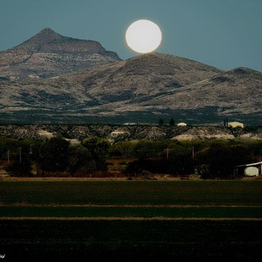 super moon setting