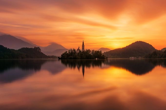 Red morning by aliaumechapelle - The First Light Photo Contest