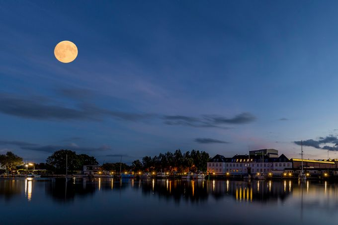 The moon in the blue hour by kimschou - The Moonlight Photo Contest