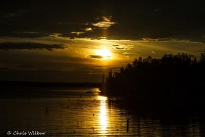Lakeside Cottage Sunrise