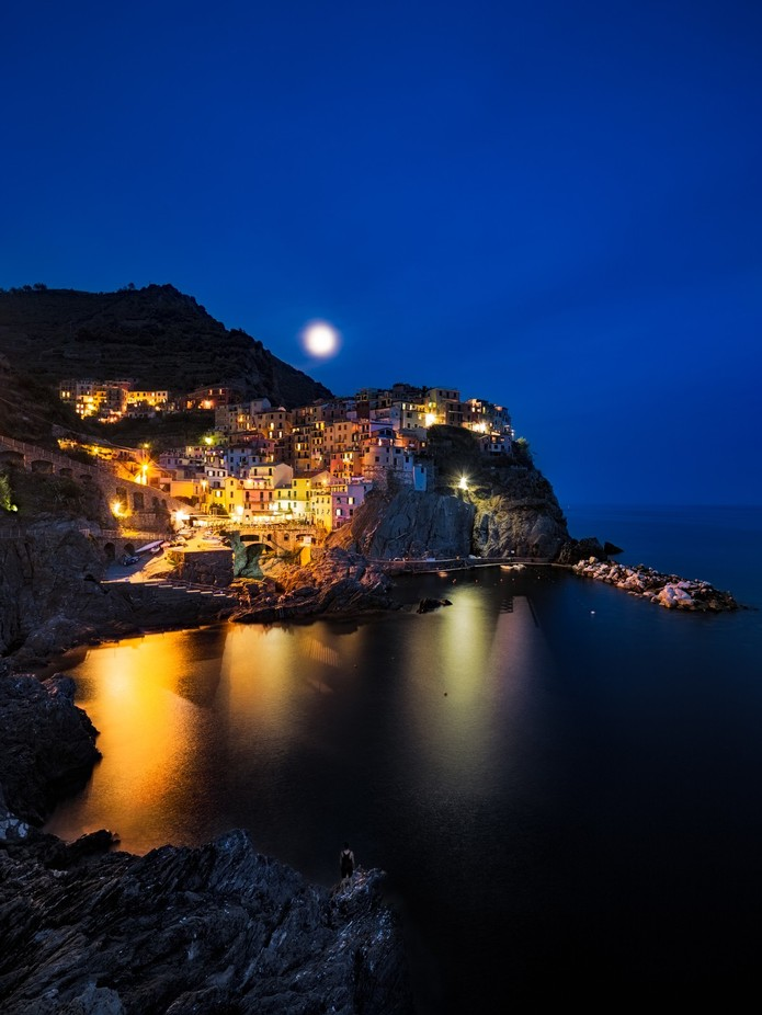 Man, Moon And Manorola by PaulPersys - The Moonlight Photo Contest
