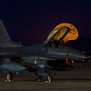 20161114 Super Moon at Nellis 027