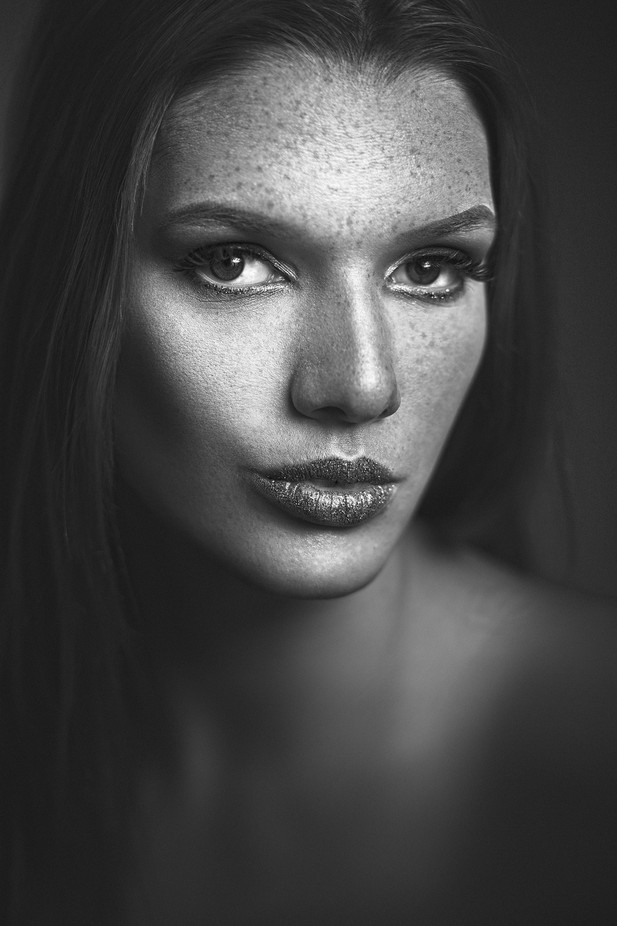 Naomi by Denis09 - Faces With Freckles Photo Contest