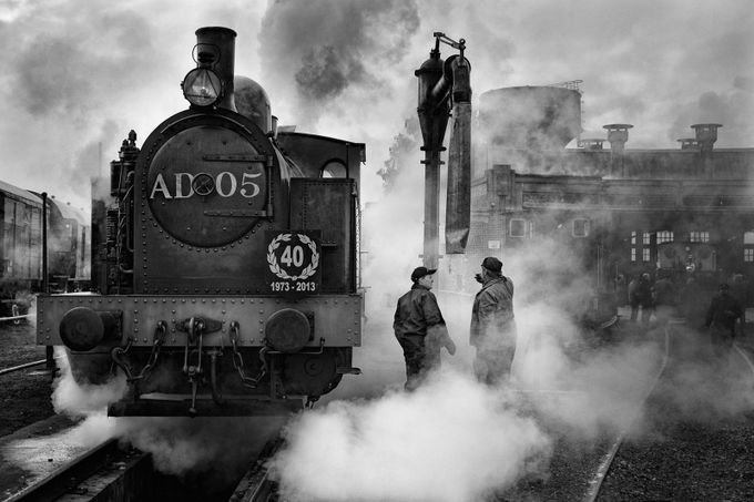En gare by herionjeanclaude - Everything Smoke Photo Contest