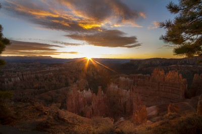 Day Break- Bryce Canyon