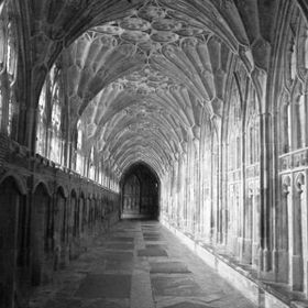 Gloucester Cathedral (mobile phone)