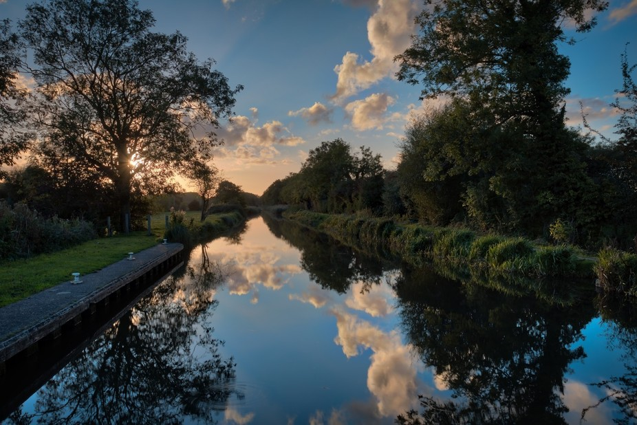 Sunset , Kennet and Avon Canal
