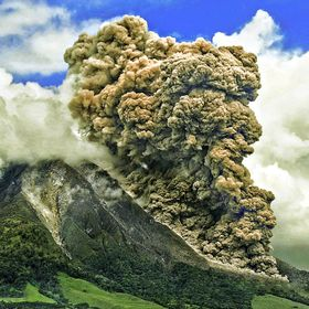 Sinabung volcano was erupted on December 2013, 31