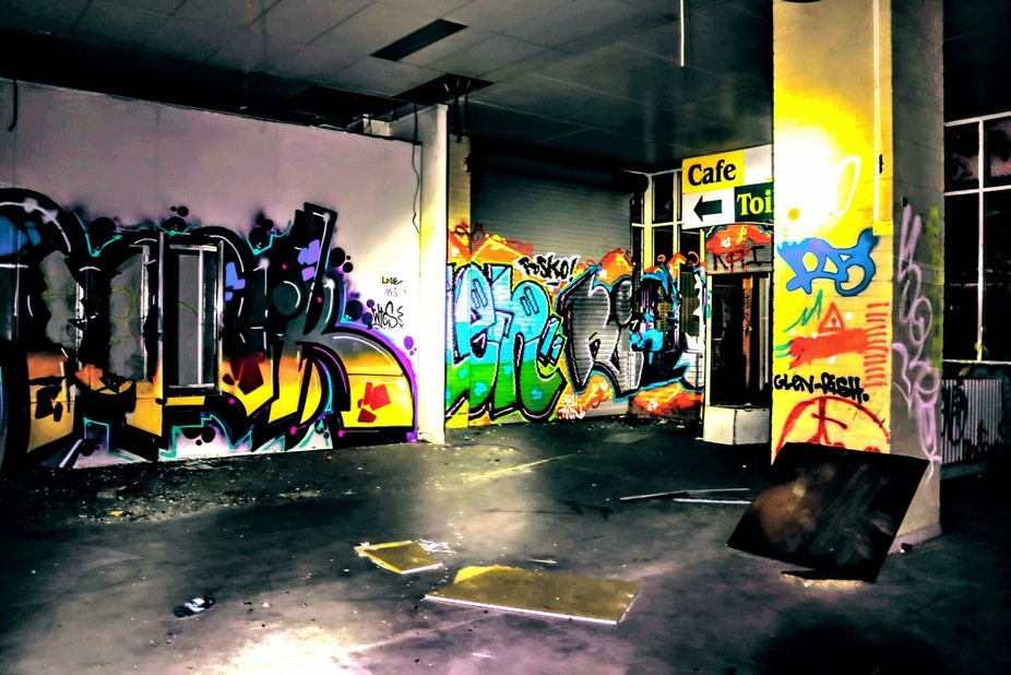 Abandoned building with graffiti