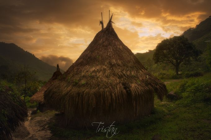 The Mamo's House by tristan29photography - Unforgettable Landscapes Photo Contest by Zenfolio