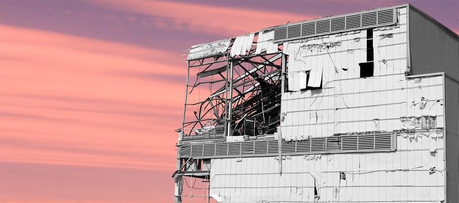 3351-Linden-building-destruction-03-22-08 copy