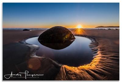 Moeraki Boulders - Sunrise