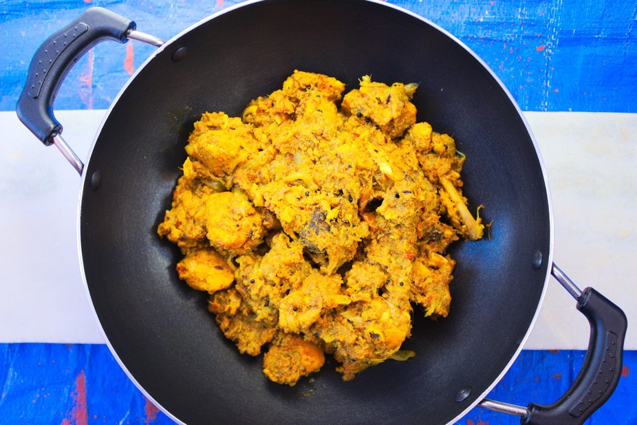Yummy Dry Chicken Curry is an Indian Cuisine served as a side dish for dinner.