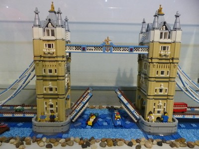London Bridge in Lego
