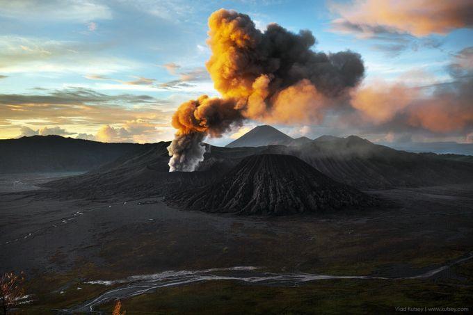 Bromo Volcano Eruption by kutsey - Everything Smoke Photo Contest