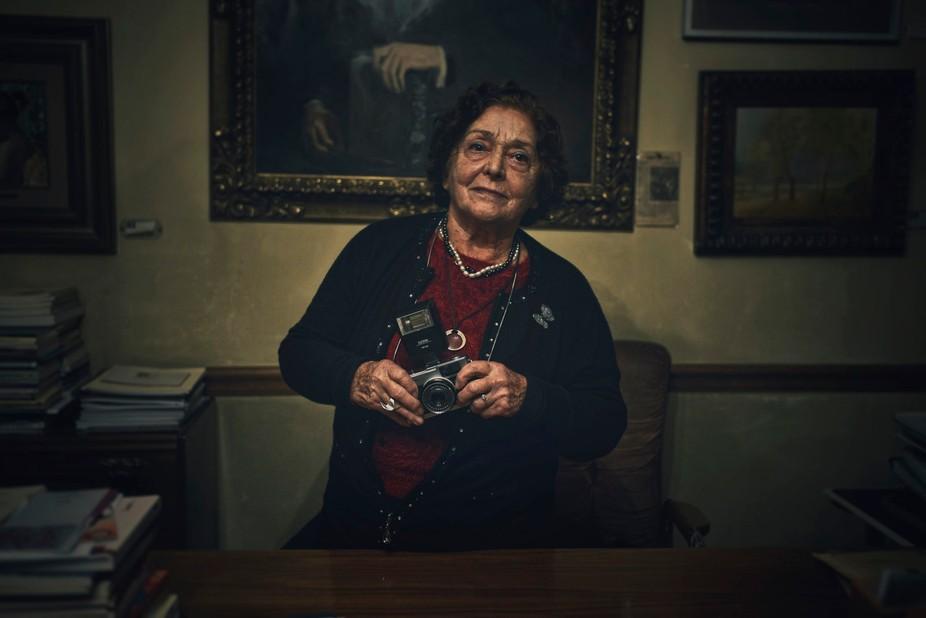 Portrait: fotógrafa, Madrid. Spain La Asociación de Escritores y Artistas Españoles  Leganitos...