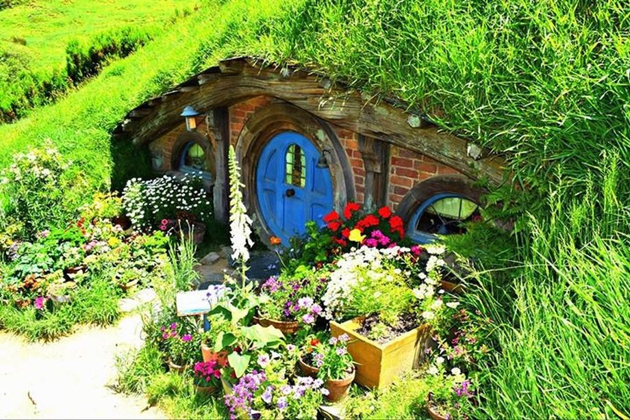 Hobbiton hobbit home