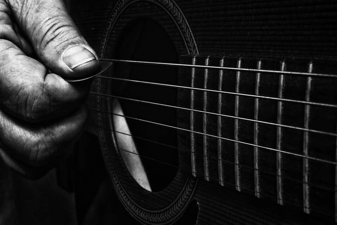 6 string by Esalon - Musical Instruments Photo Contest