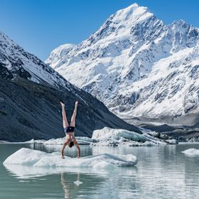 Beautiful weather under Mount Cook, I couldn't resist a quick dip...