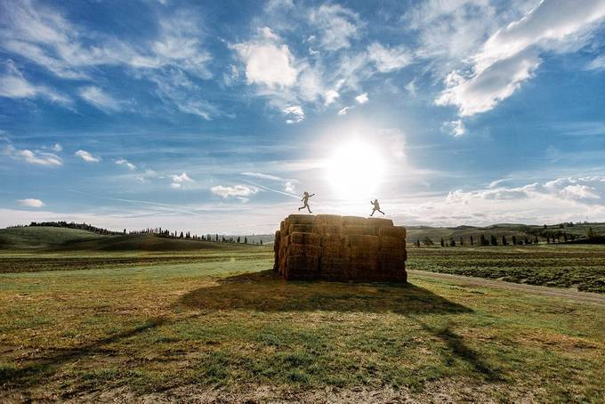 Having fun in Tuscany by alexpavluchenko - People In Large Areas Photo Contest