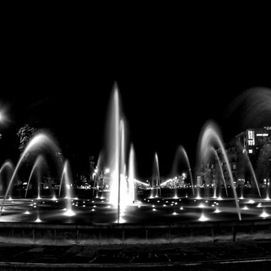 Square Montgomery by night