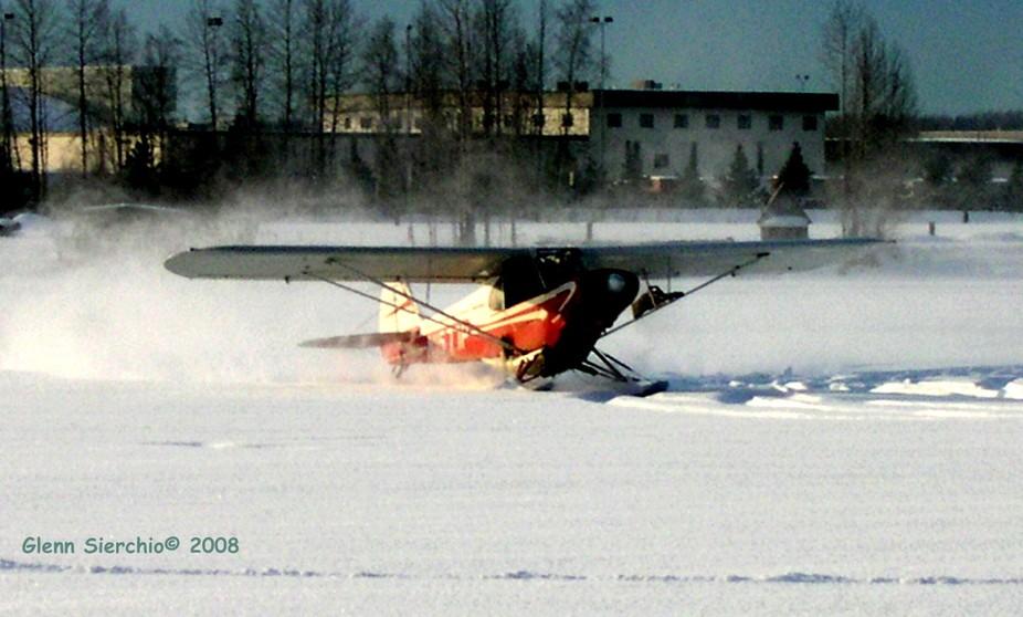 Lake Hood powder snow and planes  2008 DSCN0916