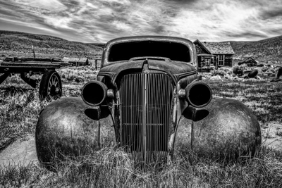 Rust Red Coupe (Bodie) B-W